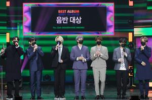 """BTS ، جایزه برای آلبوم """"دیسک طلایی"""" برای 4 سال متوالی … اولین در نوع خود """"5 جایزه بزرگ"""""""